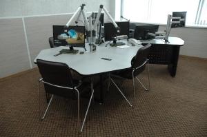 Стол для эфирной студии